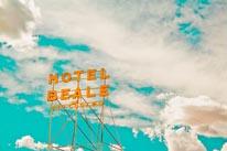 Hotel Beale mural